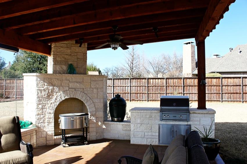 Covered Outdoor Living Area Denton Texas